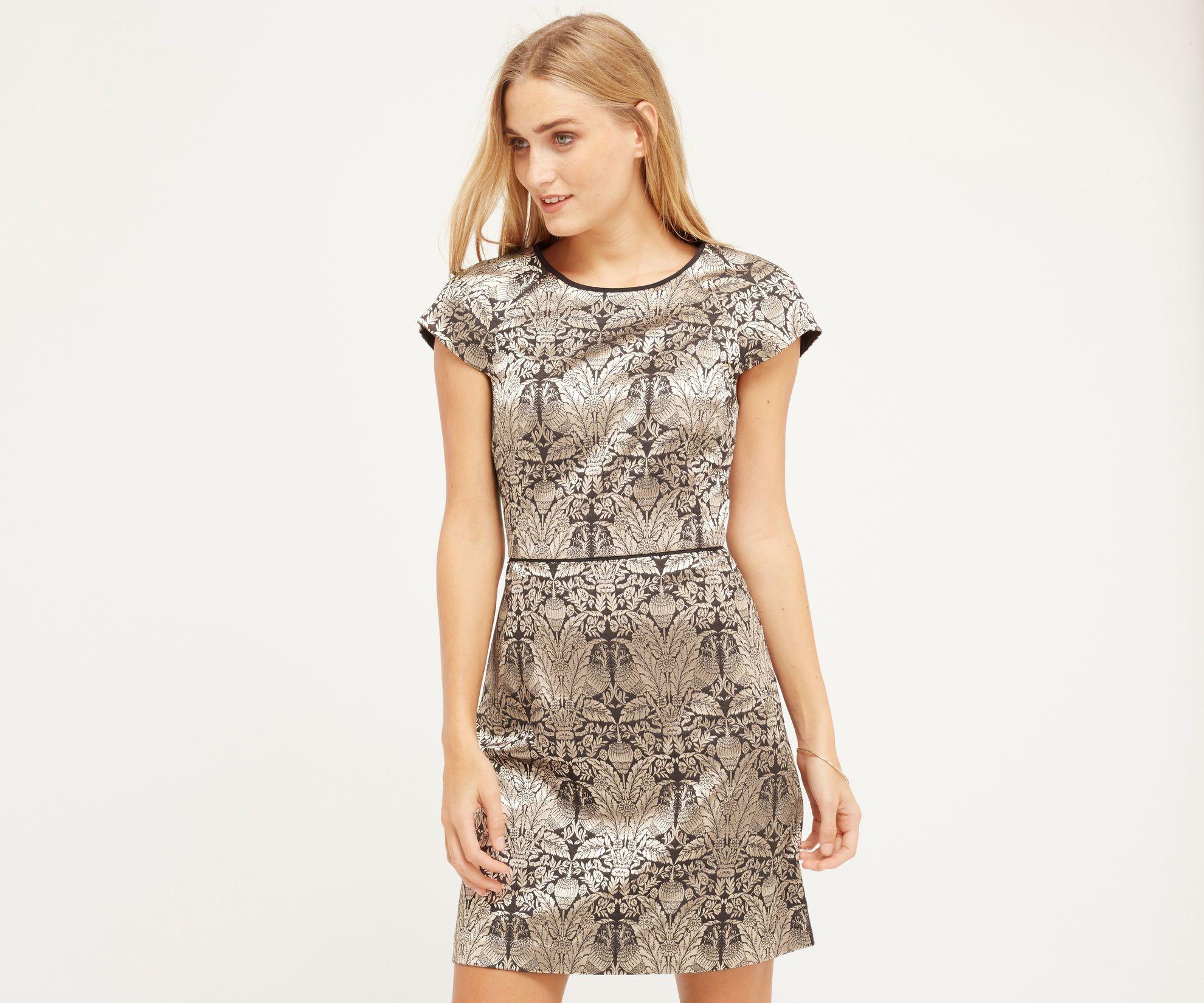 Oasis Warner Jacquard Shift Dress Gold Shift Dresses Work Oasis Dress Dresses [ 1650 x 1980 Pixel ]