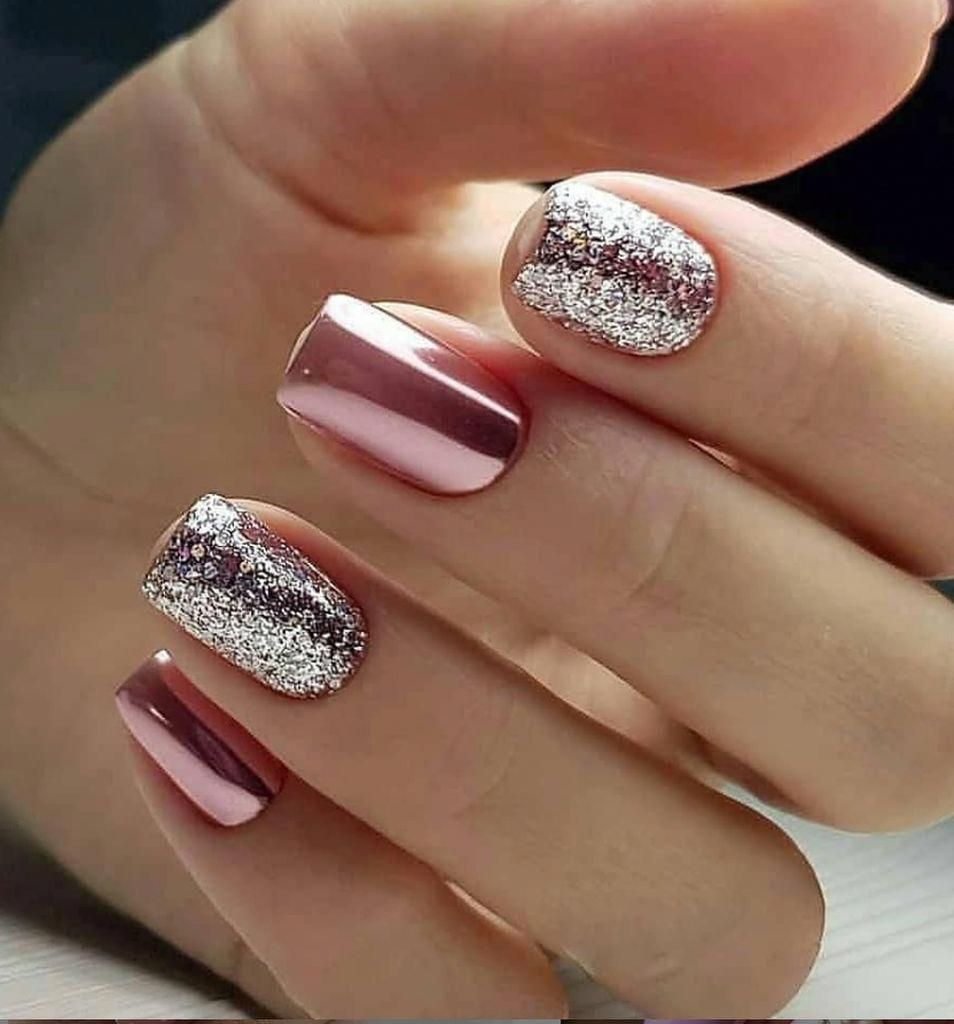 nails maroon
