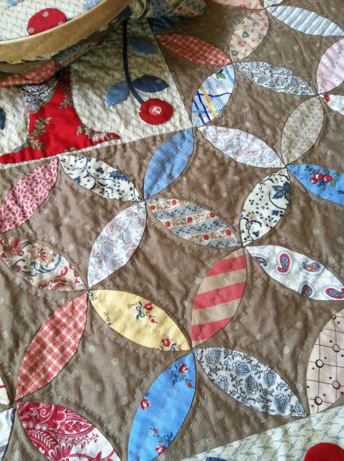 Like these pretty melons on the medium background. Minick & Simpson: saint germain quilt with tutorial