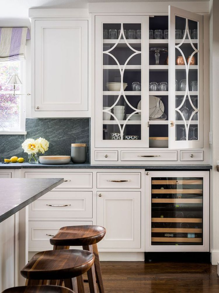 This Hot Kitchen Backsplash Trend Is Cooling Off Kitchen