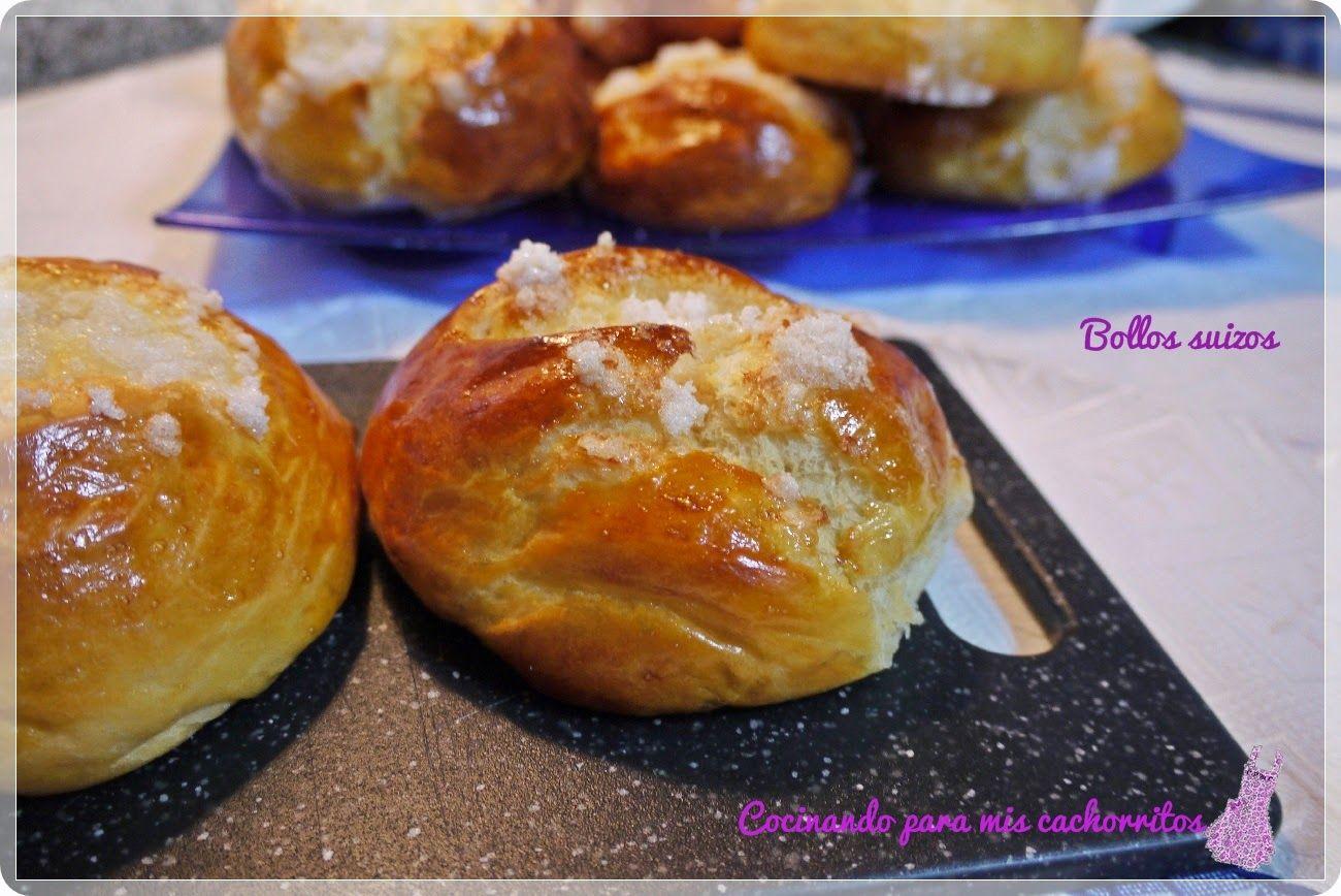 Soy fan de estos deliciosos bollitos y del azúcar que los corona  #suizos #cocinandoparamiscachorritos http://blgs.co/dcKVO4