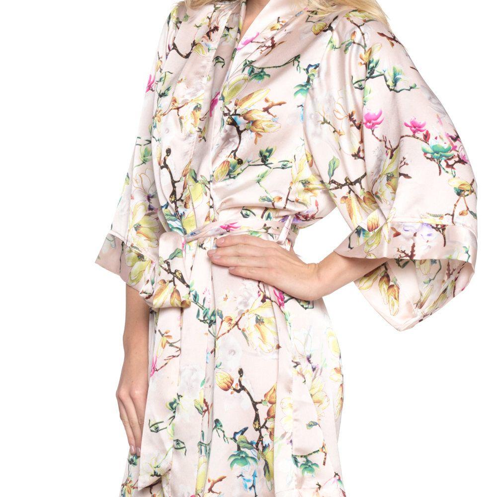 Floral Print Bridesmaid Robes |  #bridesmaid #bridesmaids #floral #gifts #robes | floral print bridesmaid robes via http://etsy.me/2BgeO41