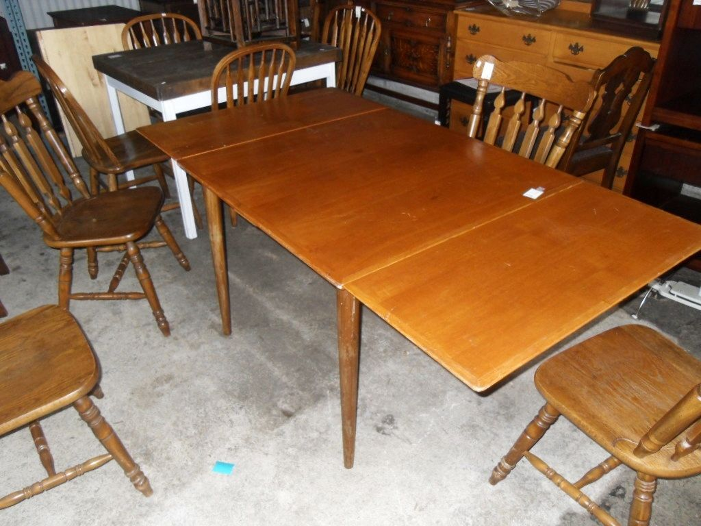 Superbe Mid Century Modern Draw Leaf Table Awesome Mid Century Modern Draw Leaf  Dining Table. Draw Leaves Are Hidden Underneath The Table Top And Are  Pulled Out ...