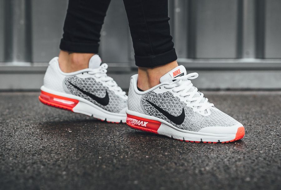 Nike Air Max Sequent 2 Black White Bright Crimson (1