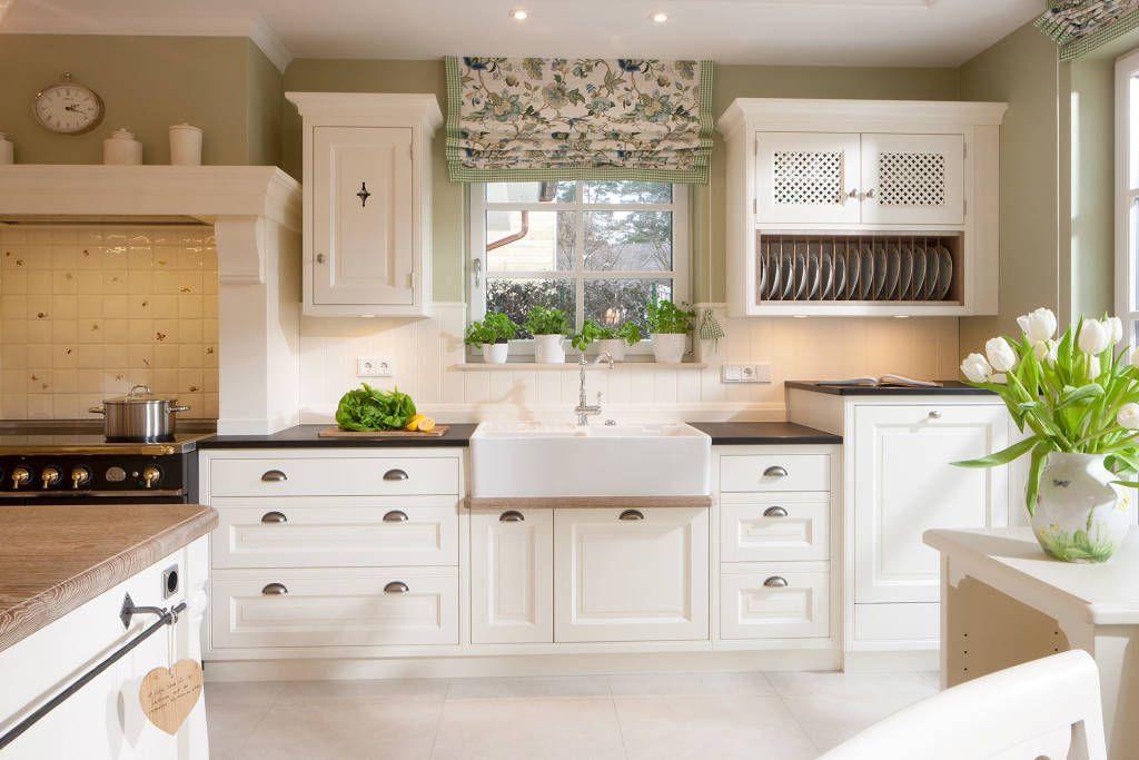 Finde landhausstil küche designs entdecke die schönsten bilder zur inspiration für die gestaltung deines