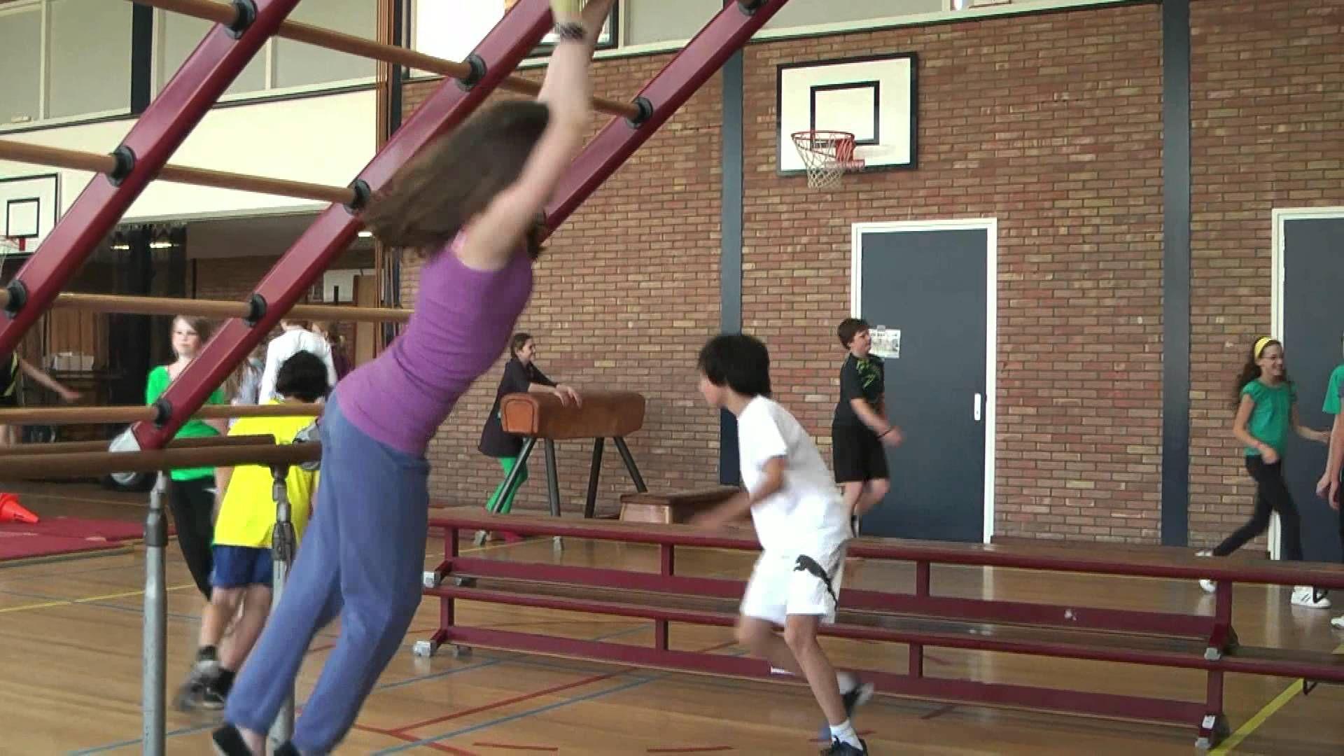 Freerunning Obs De Tweemaster Groep 8 Gd 2012 Lichamelijke Opvoeding Gym Spelletjes Gymnastiek