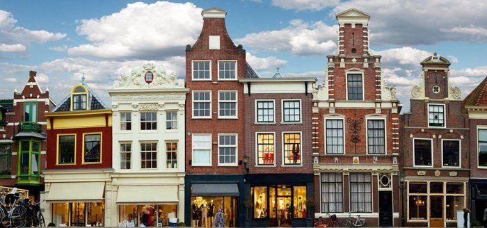 أمستردام عاصمة هولندا الصديقة للبيئة Travel Tickets Architecture Amsterdam