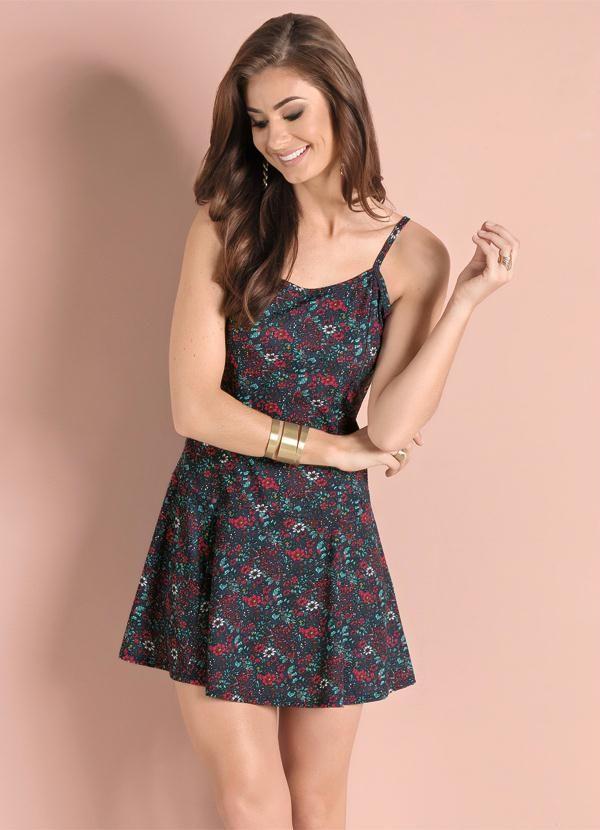 c6963ad7b Vestido Floral Dark com Saia Evasê