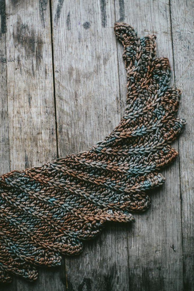 Crochet ahead for Christmas: Shawls (LoveCrochet Blog) | Chales ...