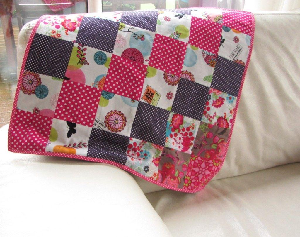 couverture bebe en patchwork couture home made pinterest couverture b b patchwork et. Black Bedroom Furniture Sets. Home Design Ideas