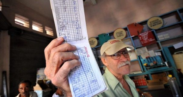 """¡IGUALITO A CUBA! Maduro reconoce que con los CLAP """"el hambre se queda y será estructural"""""""