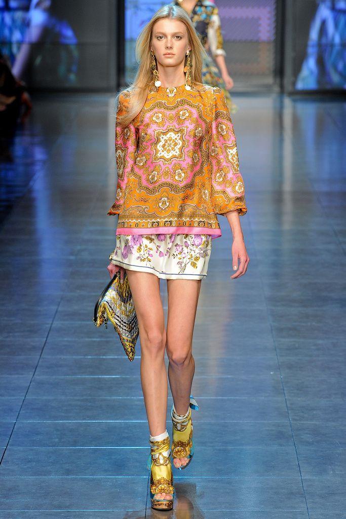 ed72767d0ae3 Épinglé par Titi Morales sur fashion   Pinterest