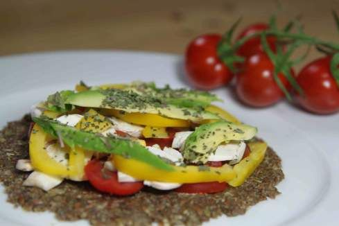 Raw Instant Pizza Crust Now That S Exciting No Dehydrator Needed Raw Food Recipes Eating Raw Raw Food Diet