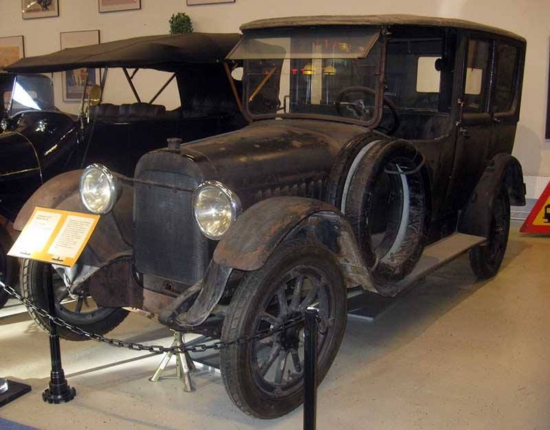 1917 Chalmers Automobile Chalmers Merged With Maxwell In