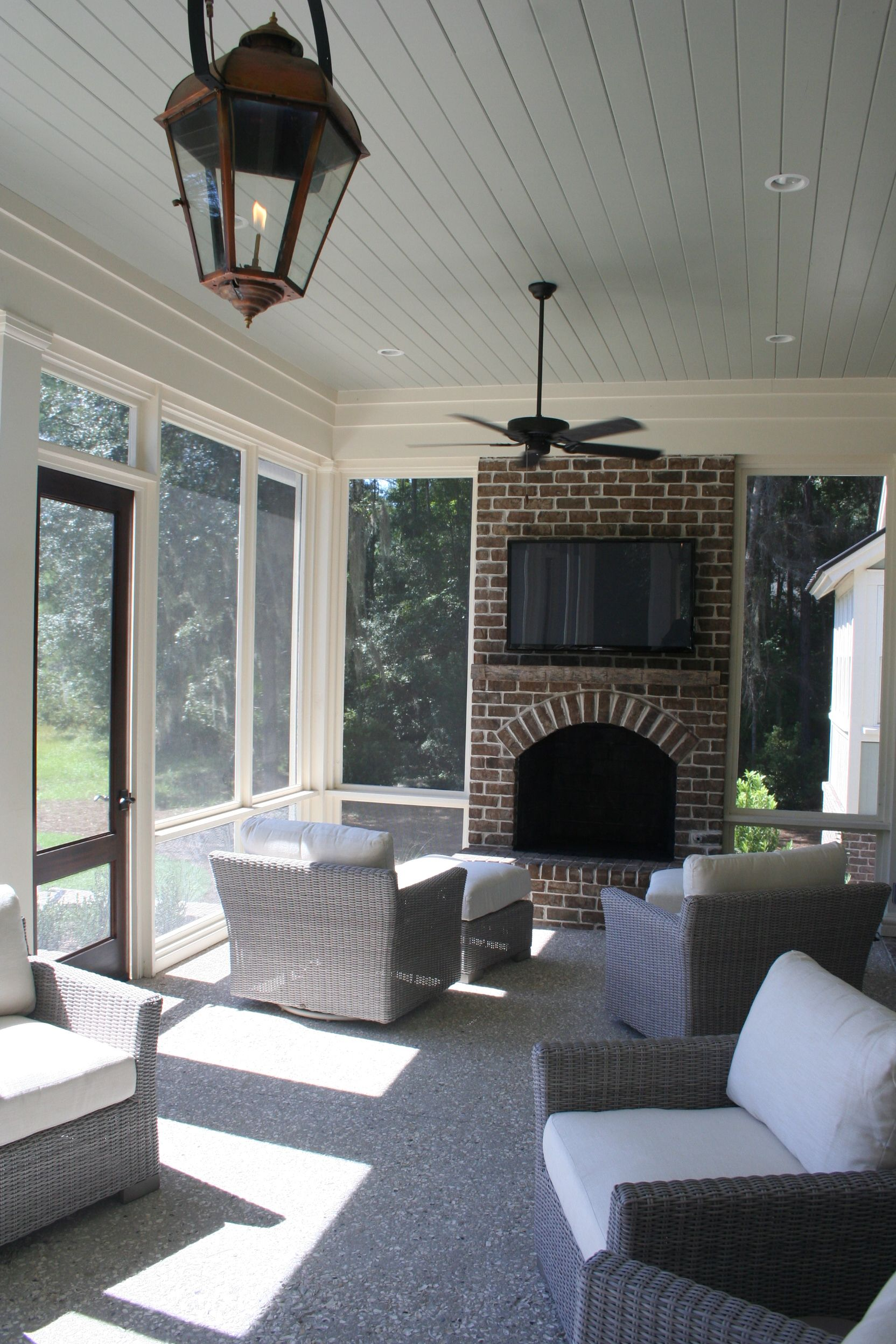 Screened in back porch pearce scott architects decks for Screened in porch fireplace ideas
