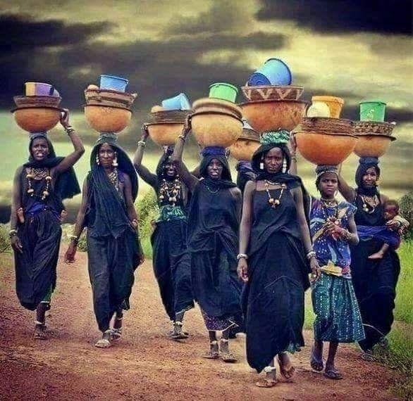 Pin van Henk Ester op Afrikaanse Stammen (Tribes) in 2020
