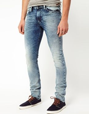 eef669c4f4174 Diesel Jeans Shioner Skinny Fit 0806 Light Wash