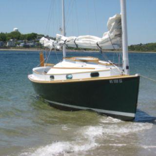 Norwalk Islands Sharpie 26 | Wooden boat building, Boat ...