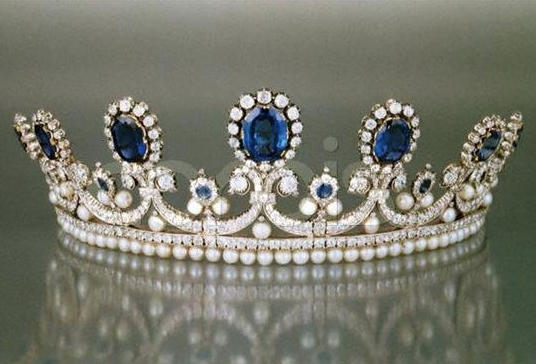 Queen Marie Amelie's Sapphire, Diamond Pearl Tiara, France (1830; made by Bapst; sapphires, pearls, diamonds).