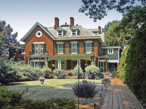 Real Estate Sampler Historic Garden Homes Real Estate Home