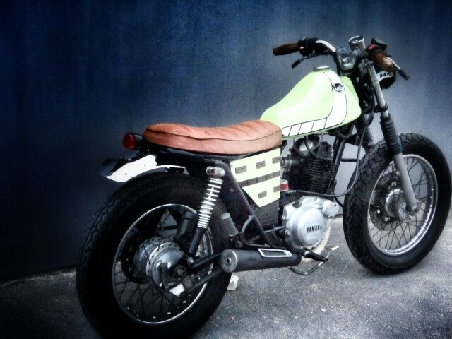 yamaha sr 125 by lab le cafe pinterest labs street tracker and scrambler. Black Bedroom Furniture Sets. Home Design Ideas