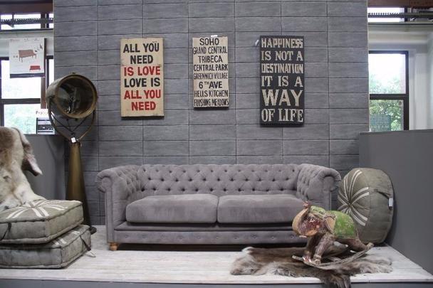 chesterfield couch aus leder oder stoff vintage m bel. Black Bedroom Furniture Sets. Home Design Ideas