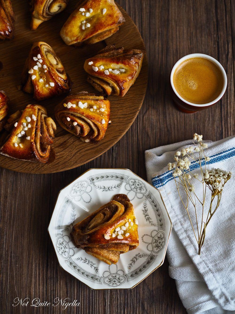 Korvapuusti: Finnish Cinnamon Cardamom Buns #cardamombuns Korvapuusti Finnish Cinnamon Cardamom Buns #cardamombuns