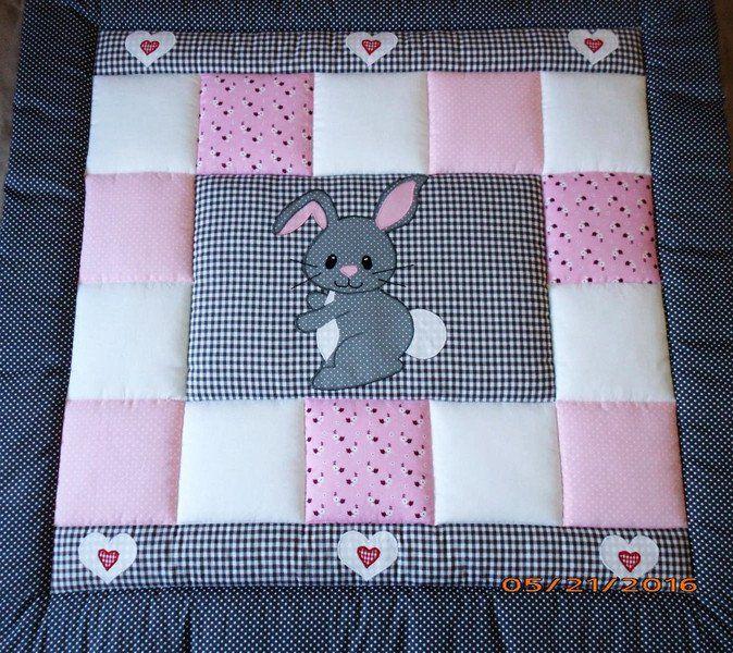 babydecken krabbeldecke kinderdecke patchworkdecke ein designerst ck von lanabw bei dawanda. Black Bedroom Furniture Sets. Home Design Ideas