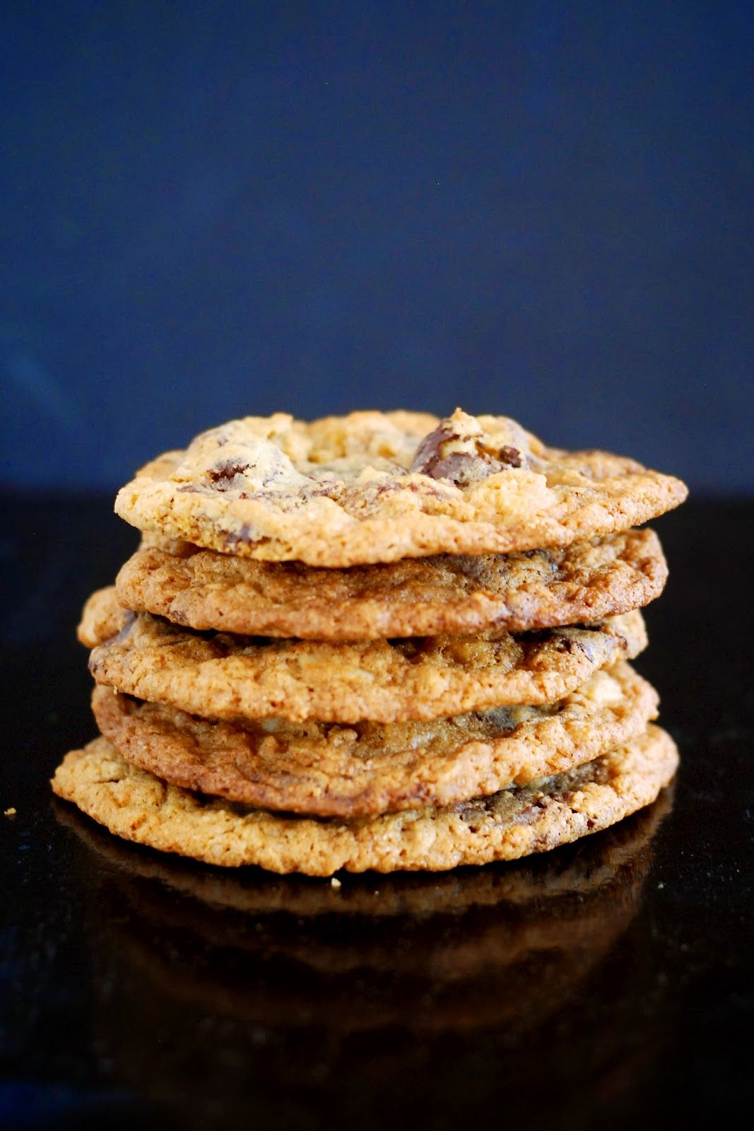 Dark Chocolate Macadamia Nut Cookies Recipe