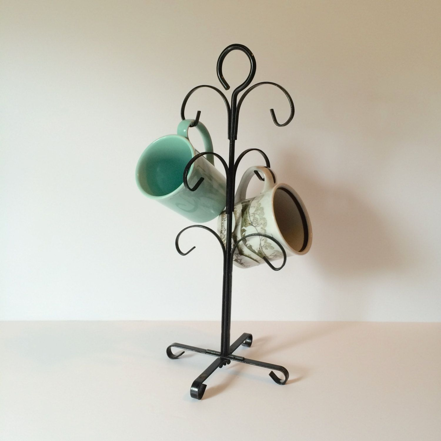 Vintage Black Metal Coffee Mug Cup Tree Stand Jewelry