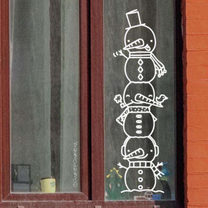 Sneeuwpop toren raamtekening