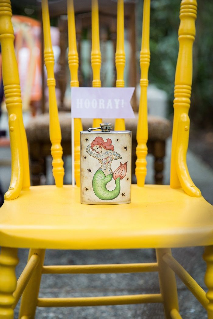 Colourful wedding chair | Fab Mood #gardenwedding