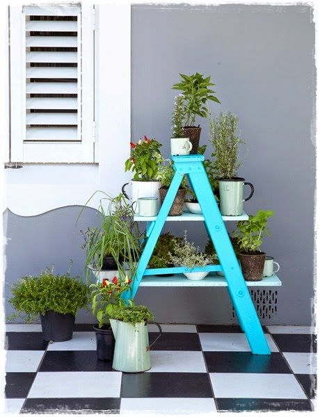Escaleras decorativas con plantas escaleras pinterest for Escaleras decorativas