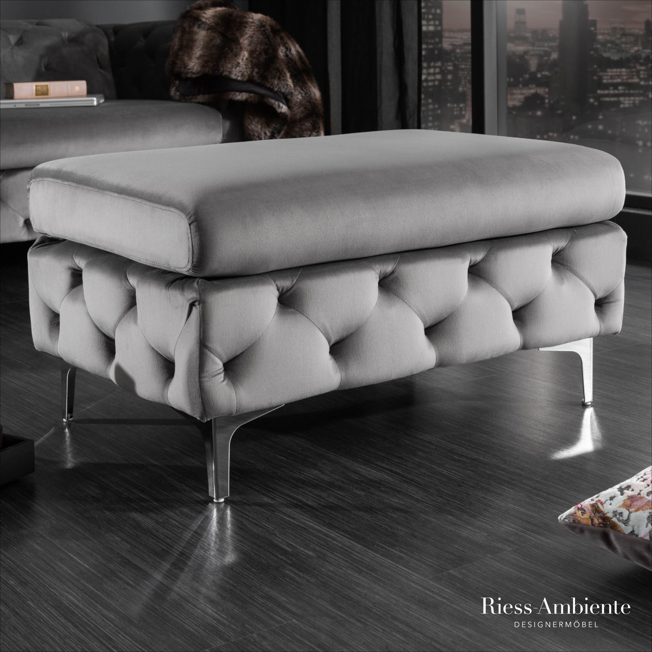 Eleganter Chesterfield Sitz Hocker Modern Barock 90cm Grau Samt Riess Ambiente De Polsterhocker Chesterfield Wohnzimmer Samt Sofa