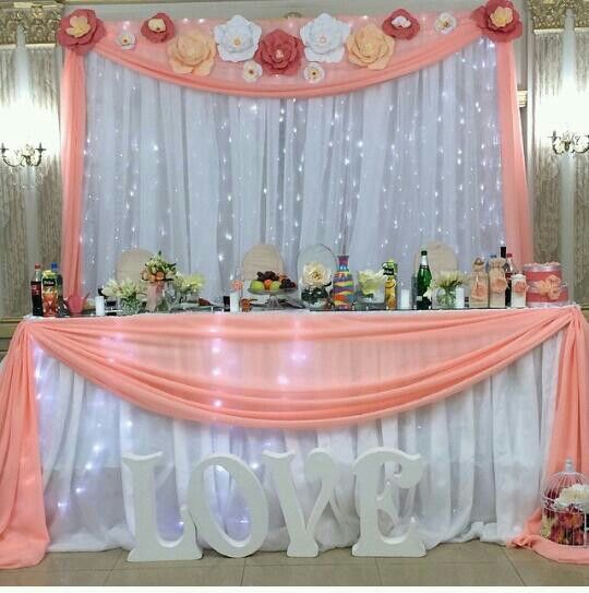 Wedding paper backdrop main table 39 s pinterest mesas for Ideas para decoracion de 15