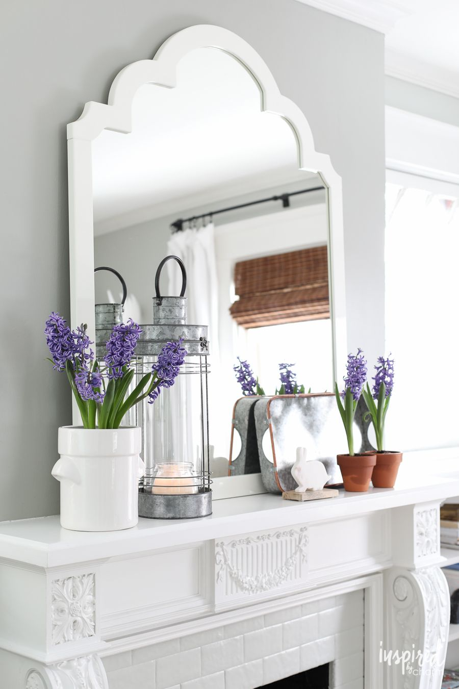 Feel Inspired By The New Season With Two Spring Mantel Ideas To Help  Freshen Up Your. Mantel IdeenKaminideenKaminverkleidungenWillkommen FrühlingOster  ...