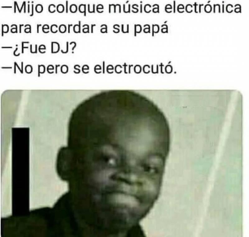 Memesespanol Chistes Humor Memes Risas Videos Argentina Memesespana Colombia Rock Memes Love Viral Bogota Mexico Humorneg New Memes Memes Humor