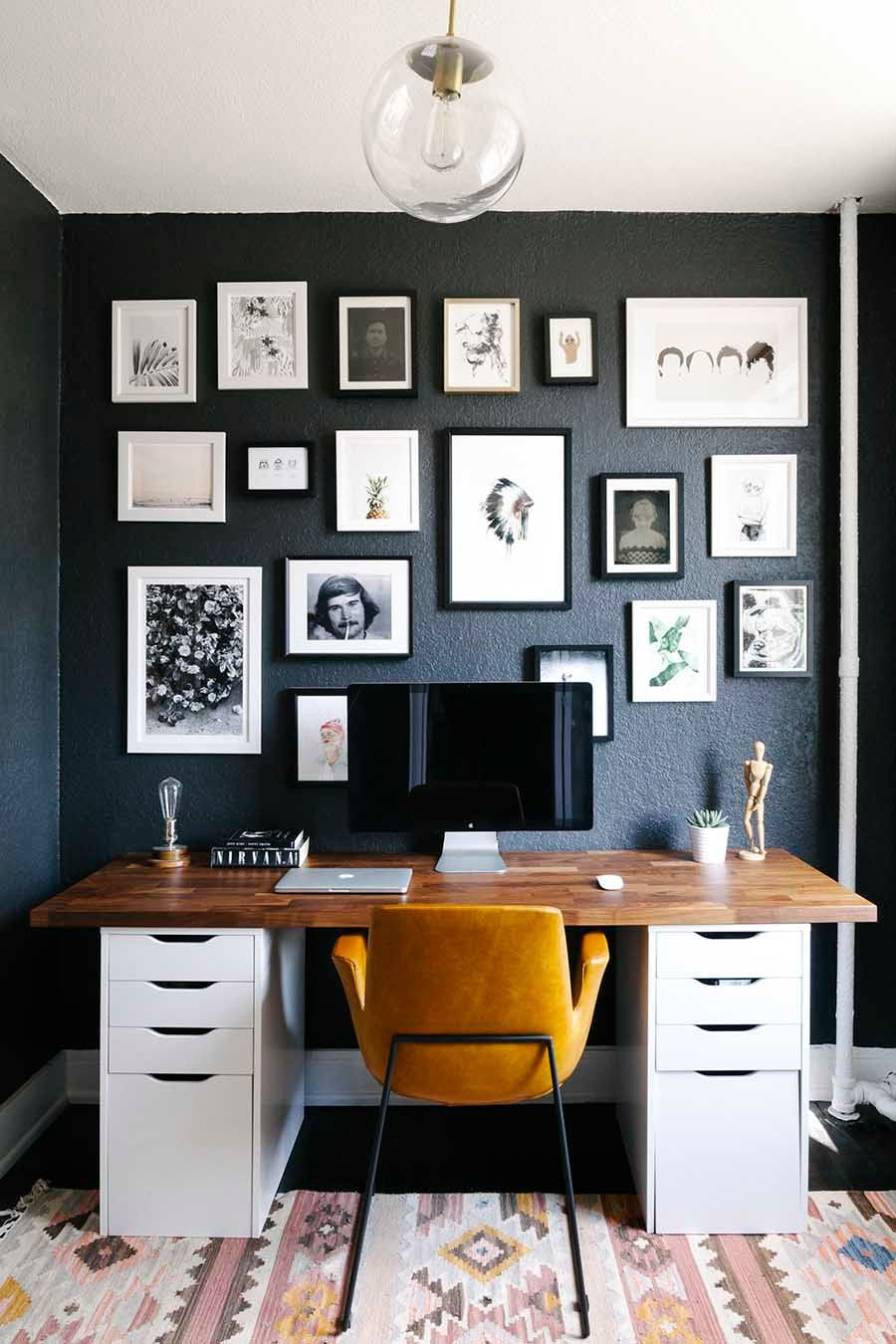 Home Decoration Ideas: Dark Feature Gallery Wall. Klein, Aber Oho. Kleines  Arbeitszimmer Mit Stil.