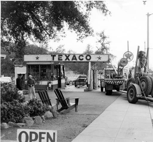 Arnold Krabbe's Texaco service station :: San Fernando Valley