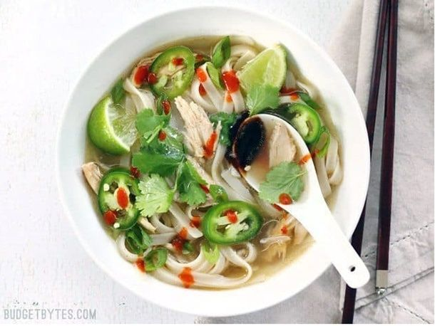 16 Easy Soup Recipes Ready Within 30 Mins, Because Time Is Of The Essence – Romper #crueltyfree #fit...