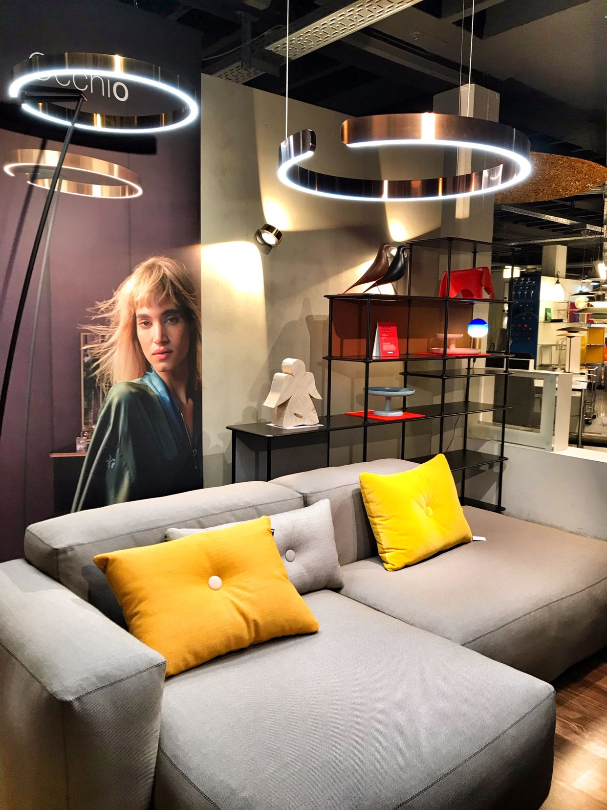 Occhio Mito Raggio in der Hecht Designfabrik