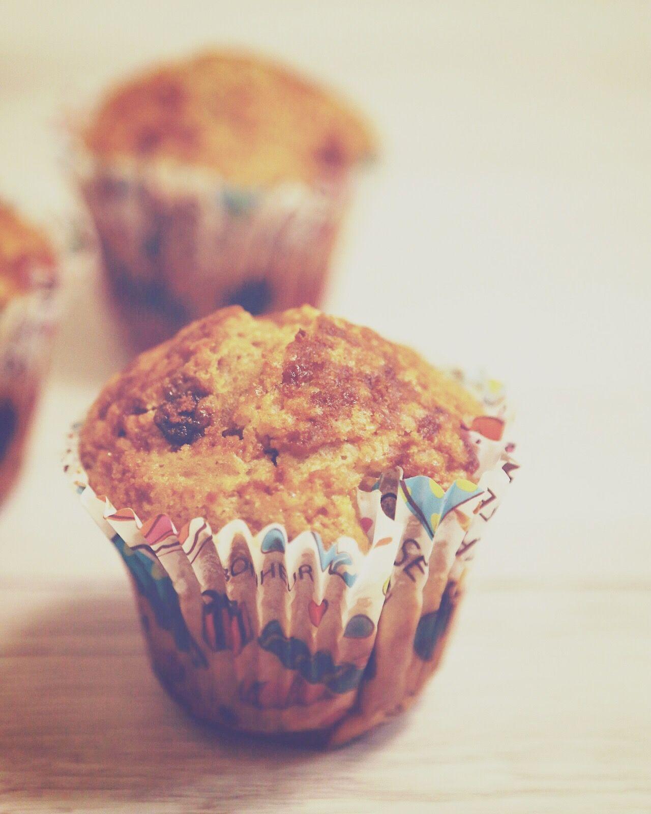 MUFFINS DE MANZANA Y CANELA https://thermoblog.es/muffins-manzana-canela/
