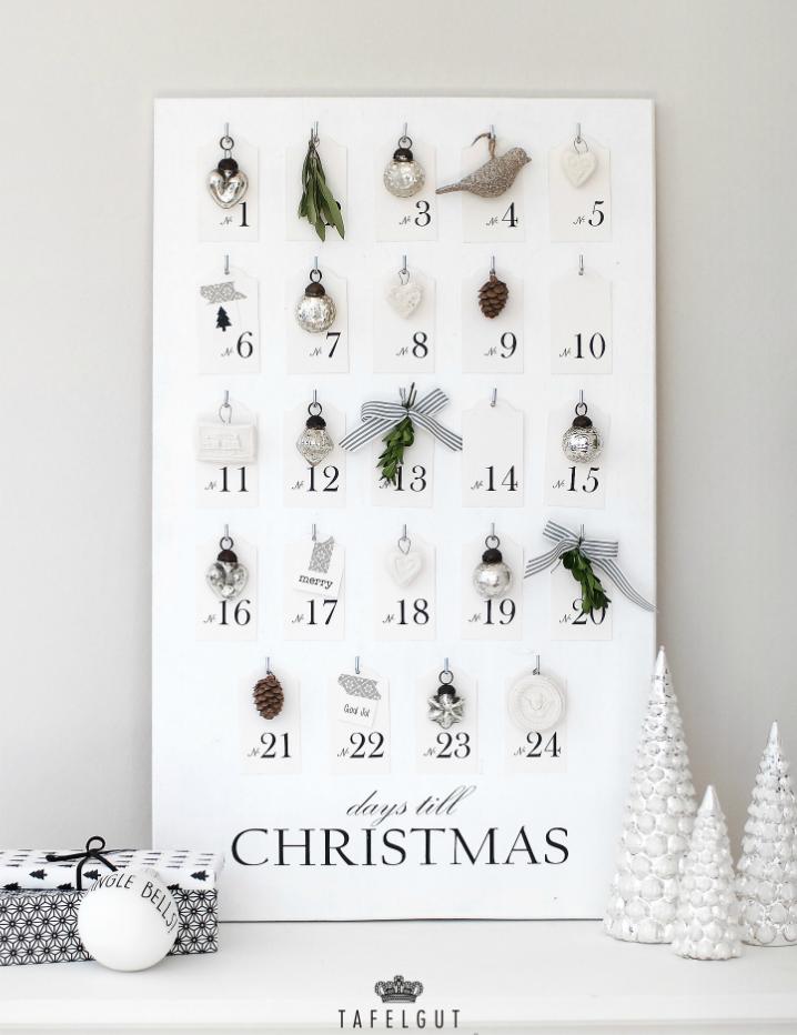 Christmas Bauble Calendar. Put One Everyday (i Think