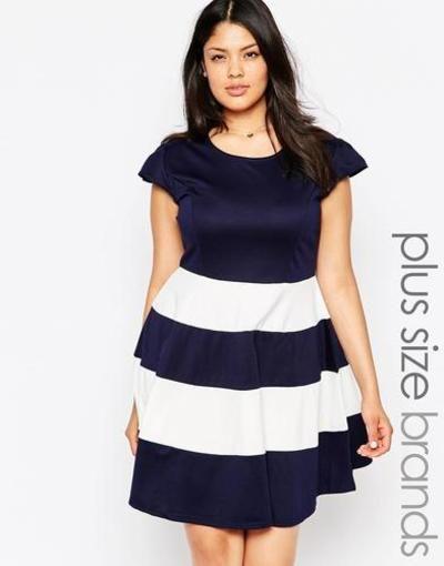 Praslin Vestido skater de talla grande con falda a rayas Navy #dress #offduty #women #covetme