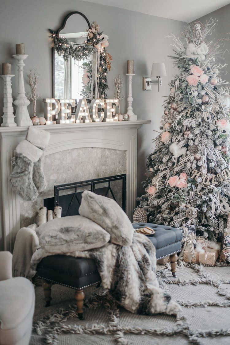 Pink Black and White Floral Christmas Decor 2016, Grandin Road and House of Five @houseof5five