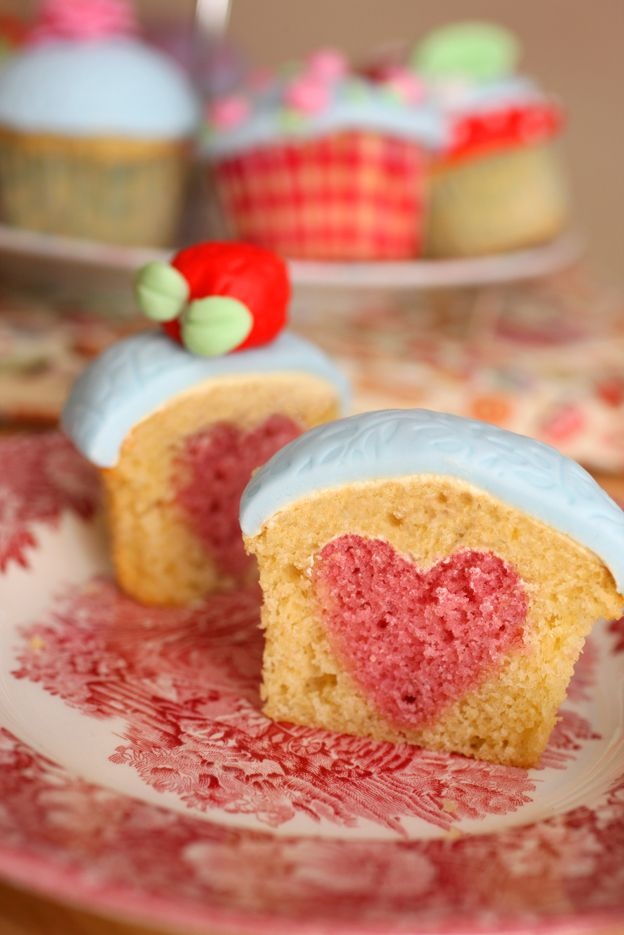 How To Bake A Heart Into A Cupcake! Too cute!