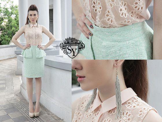 Pastel colors - nude, Zara Mint Skirt, Zara Flower Top, H Earing