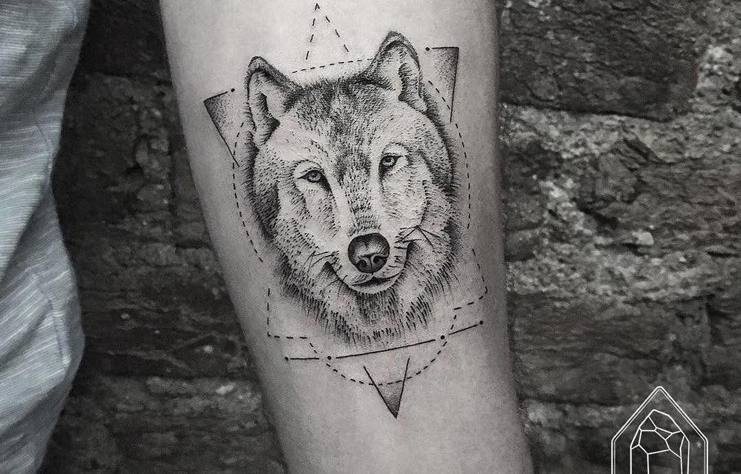 9a9ed8fb4ca55 The wolf tattoo has become very popular among animal tattoos because of its  rich and powerful mythological symbols and ambiguous meanings.