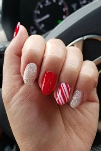 36 easy glitter nail designs for christmas holiday  nail