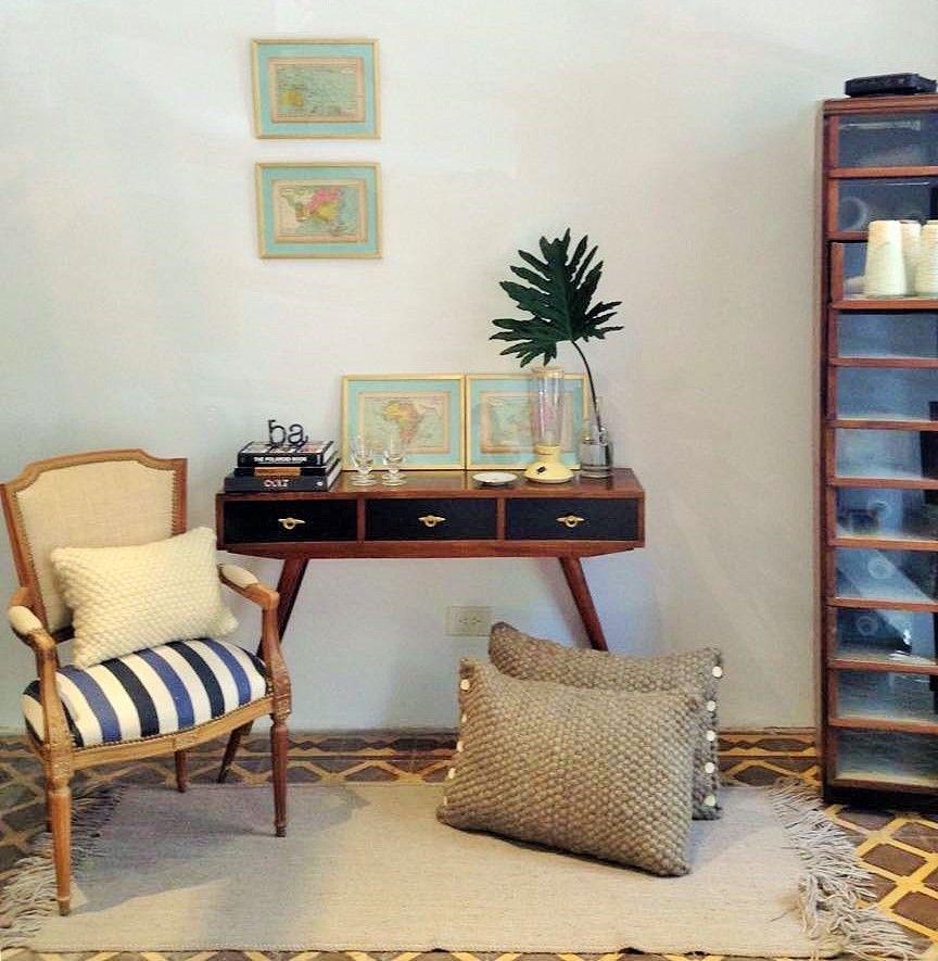 Otro rincón de Casa Rodante. Muebles antiguos y de estilo ...
